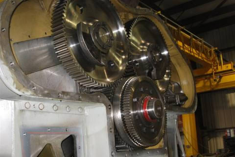 Emd 710 Gear Train And External Clutch For